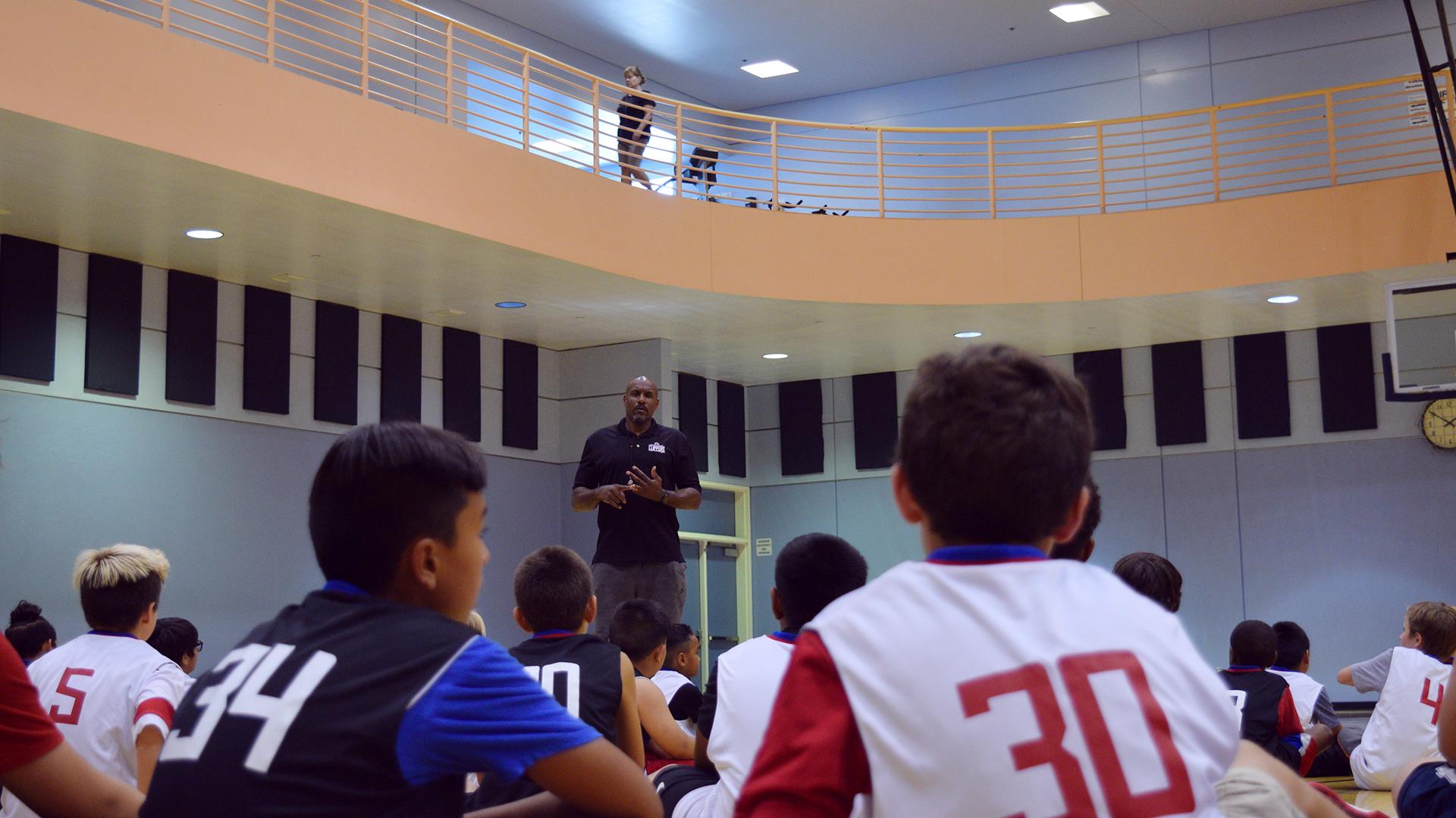 Coach Lamond Murray