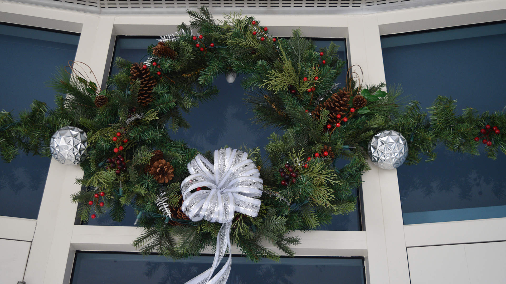 Holiday wreath at Drayson Center